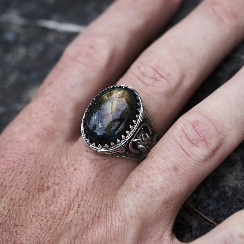 Owl ring with Labradorite