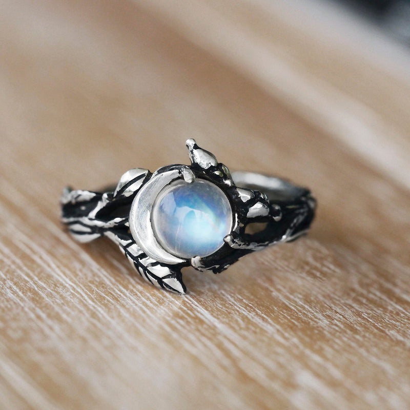 Moonstone ring Luna