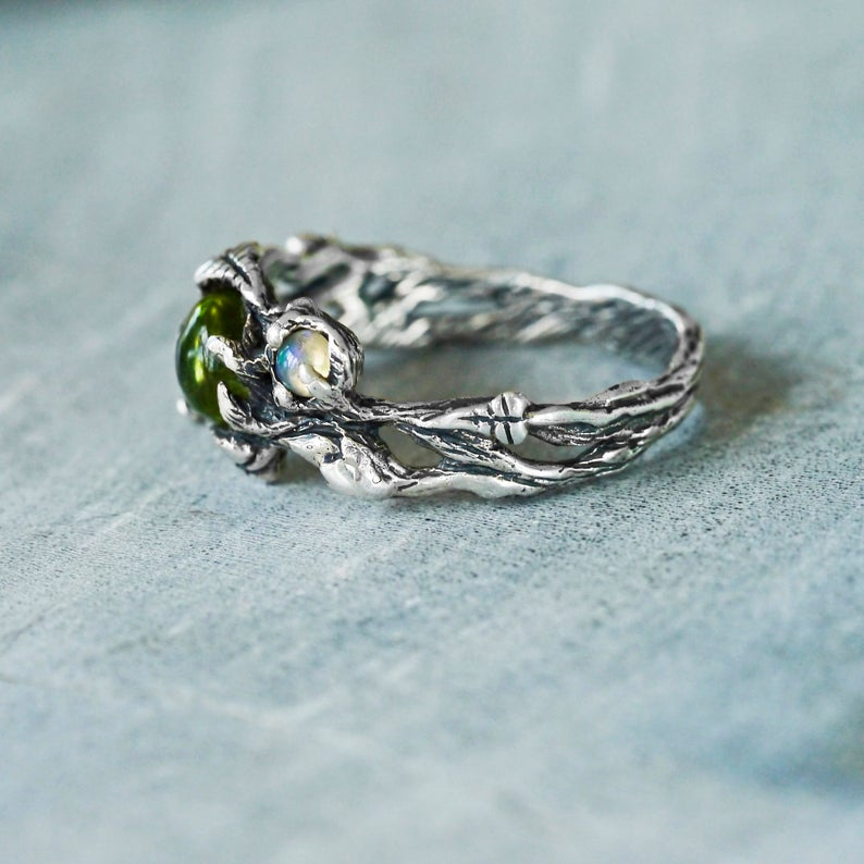 "Peridot and Fire Opal ring ""Angie"""