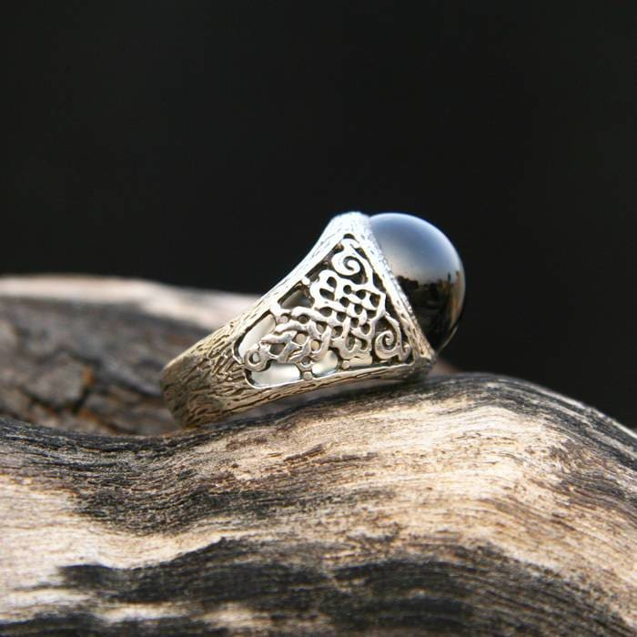"Indian Black Star Diopside Ring ""Black Astra"" - blacktreelab"