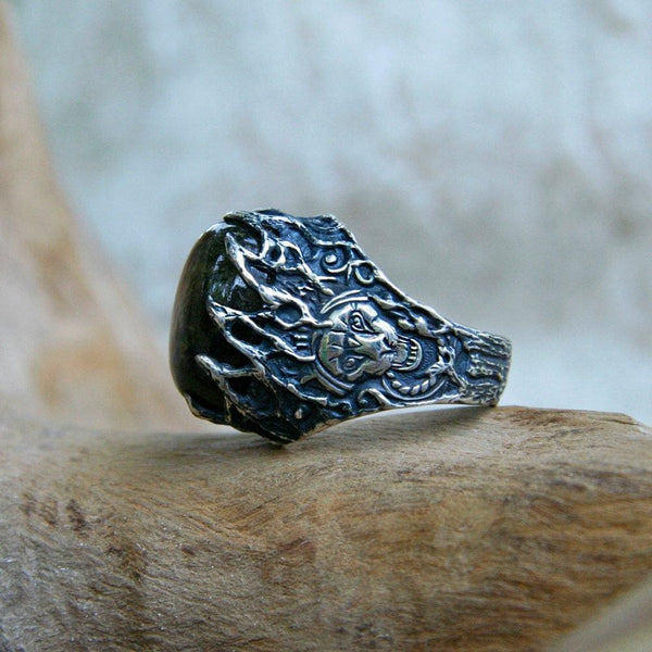 "Men's Sterling Silver Labradorite Ring ""Wise Lion"" - blacktreelab"