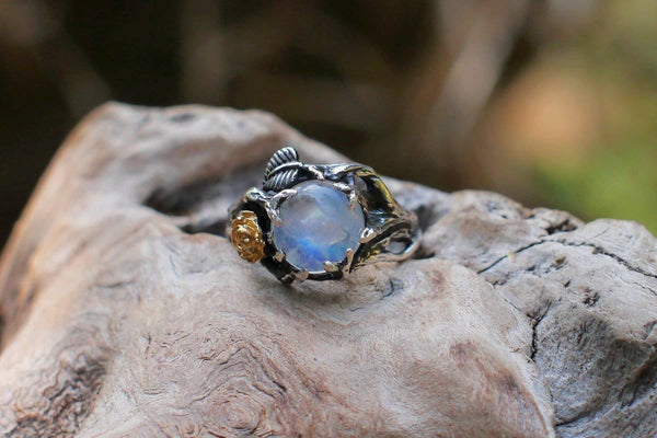 "Rainbow Moonstone Ring ""Cleo"" - blacktreelab"