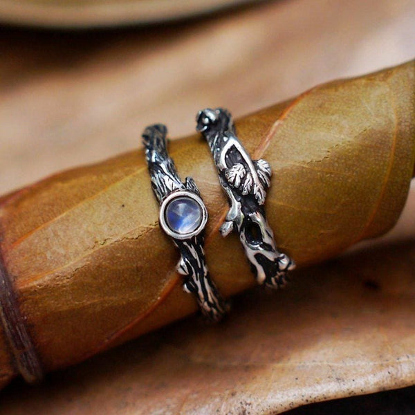 "Set of 2 Moonstone ring ""Dew"" and ring ""Mio"" - blacktreelab"