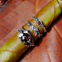 Set of 3 Theia+Mio+Dew Silver Rings with Garnet - blacktreelab