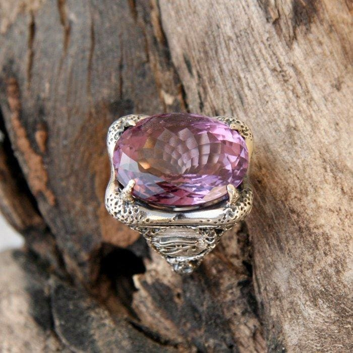 "Sterling Silver Amethyst Ring ""Horus Eye"" - blacktreelab"