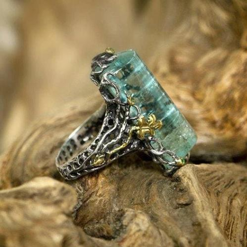 "Silver Aquamarine ring ""Water of Life"" - blacktreelab"