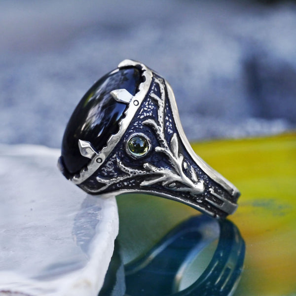 "Sterling Silver ""Deer"" Ring with Obsidian - blacktreelab"