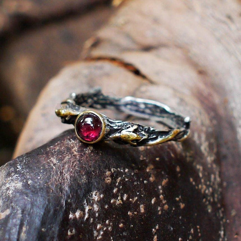 "Sterling Silver Garnet Ring ""Emmy"" - blacktreelab"