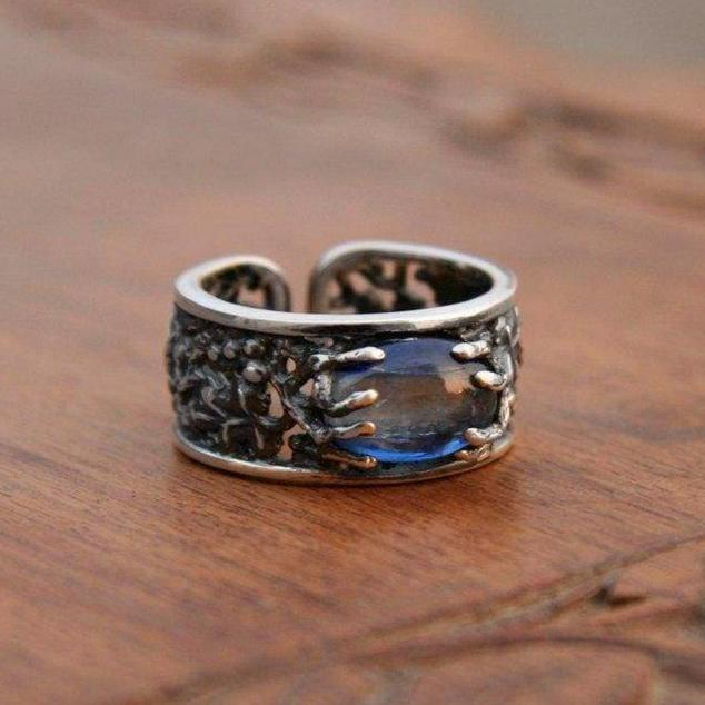 "Sterling Silver Kyanite Ring ""Demetra"" - blacktreelab"