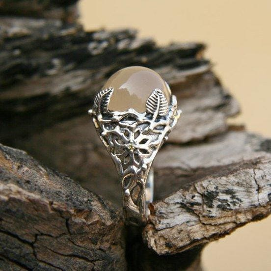"Sterling Silver Peach Moonstone Ring ""Moon Garden"" - blacktreelab"