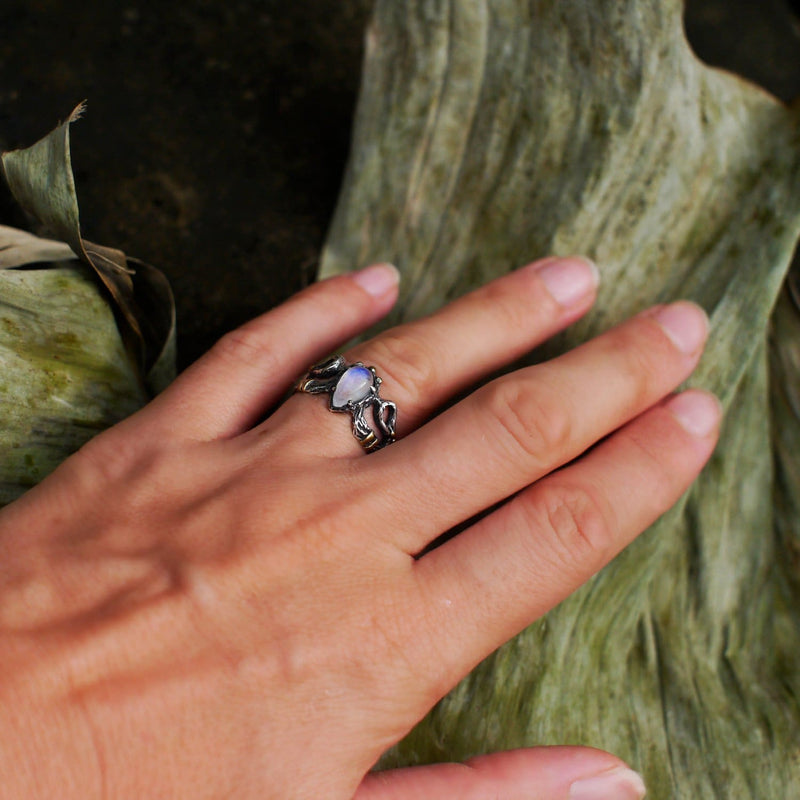 "Sterling Silver Rainbow Moonstone Ring ""Elza"" - blacktreelab"