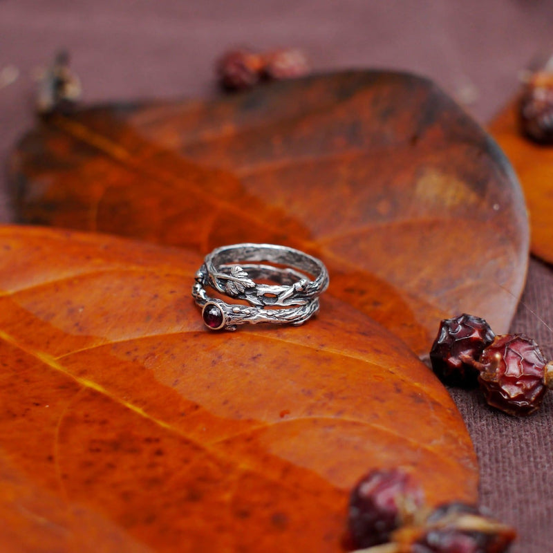 "Sterling Silver Rings Set of 2 ""Dew"" with Garnet and ""Mio"" Rings - blacktreelab"