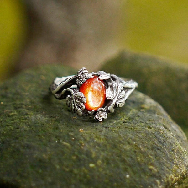 "Sterling Silver Sunstone Ring ""Daisy"" - blacktreelab"