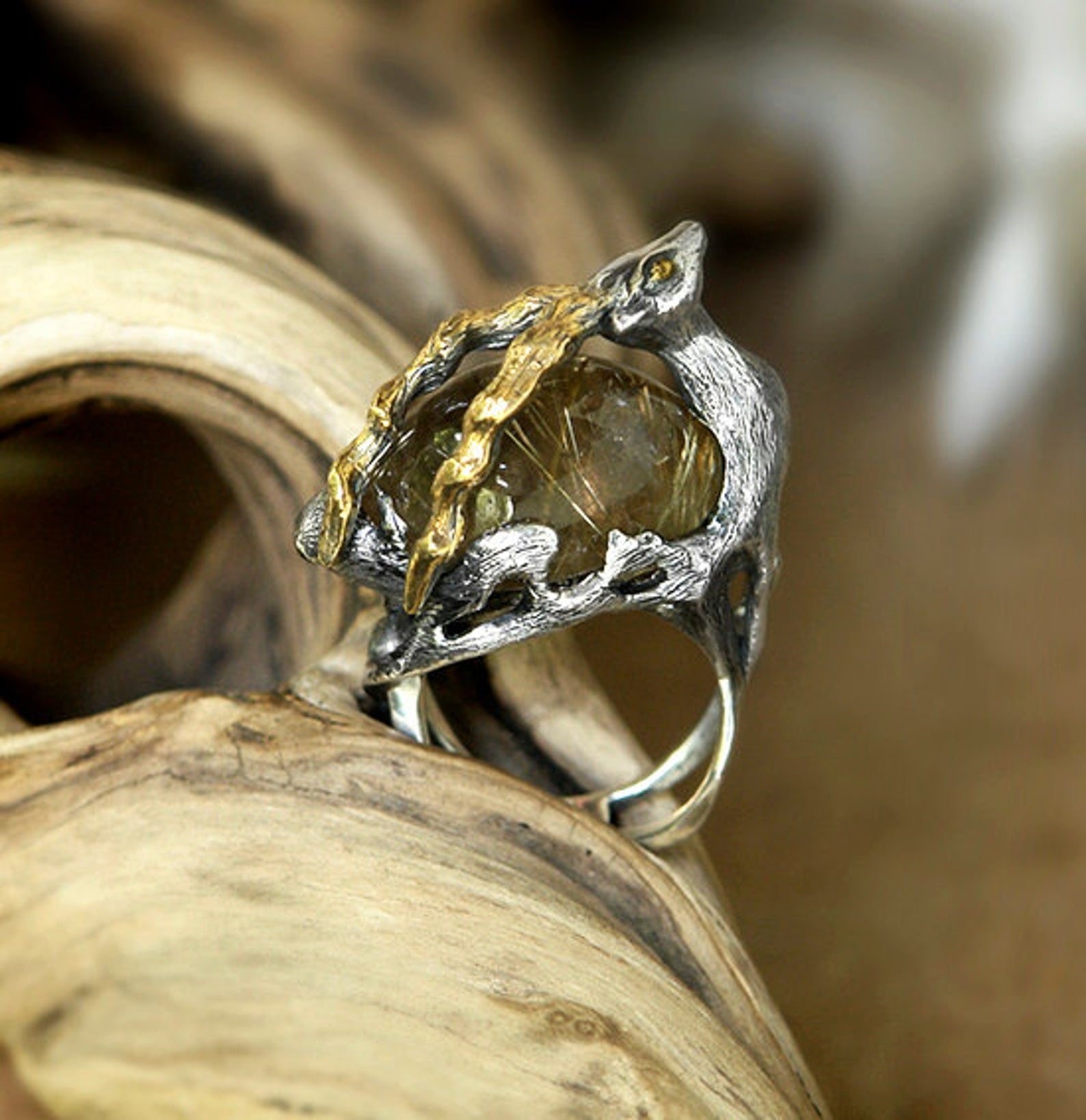 Spirit Animal ring in Sterling Silver and with Gold Plated details
