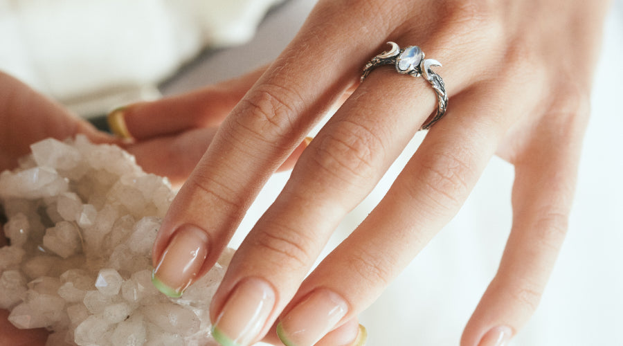 Handmade ring with Moonstone on the hand