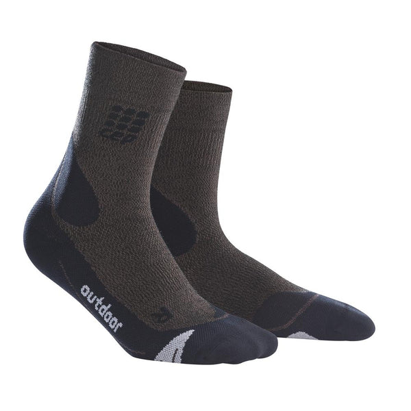 THE BOLD MEN'S OUTDOOR MERINO MID-CUT SOCKS