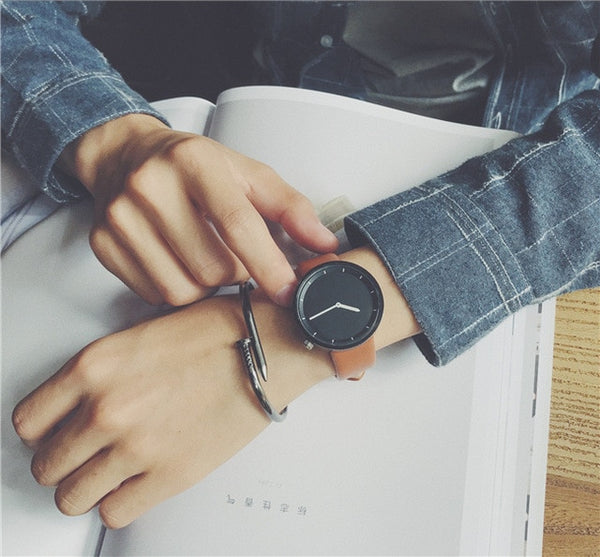 Minimalist stylish men quartz watch