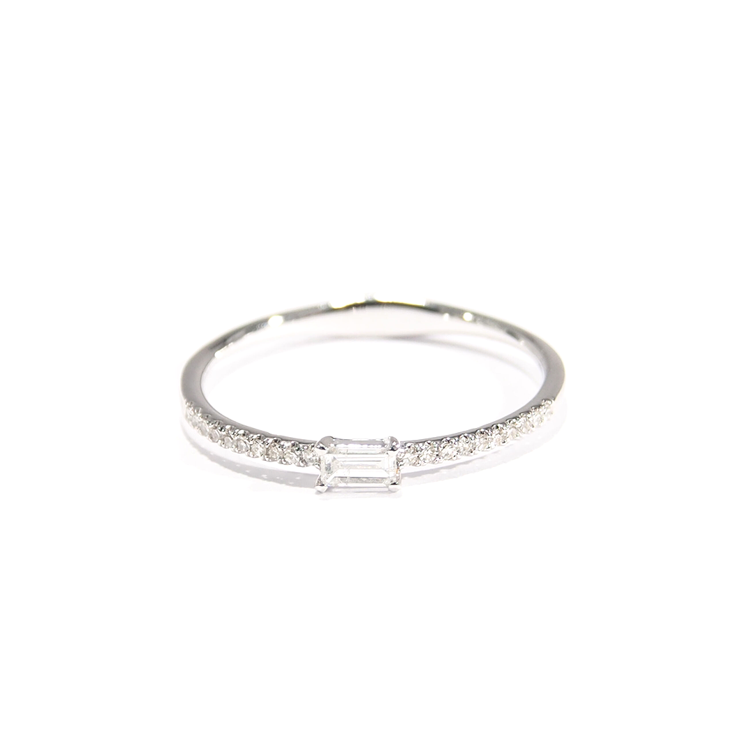 East-west Diamond Baguette fashion ring. White Gold. Brilliant diamonds. Made For Love Jewelry