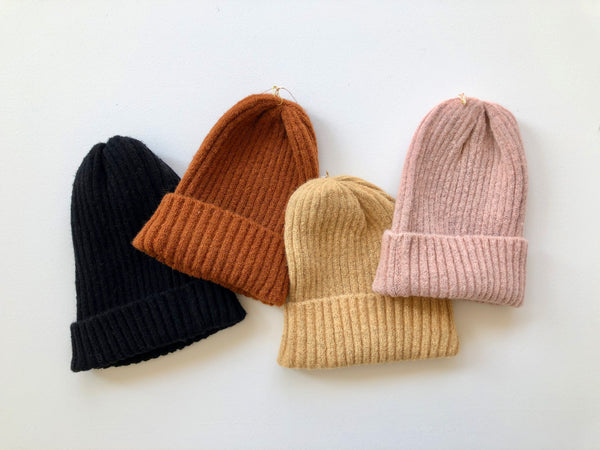 Riley Ribbed Beanie