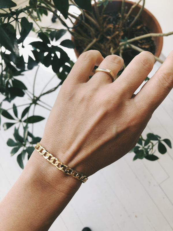 Large Curb Chain Bracelet in Gold
