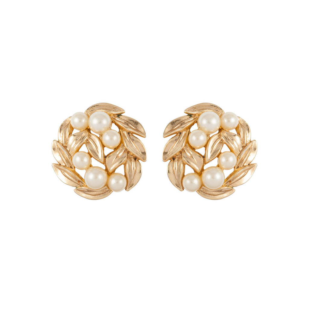 1960s Vintage Trifari Faux Pearl Earrings