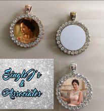 Load image into Gallery viewer, Circle Bling Necklace