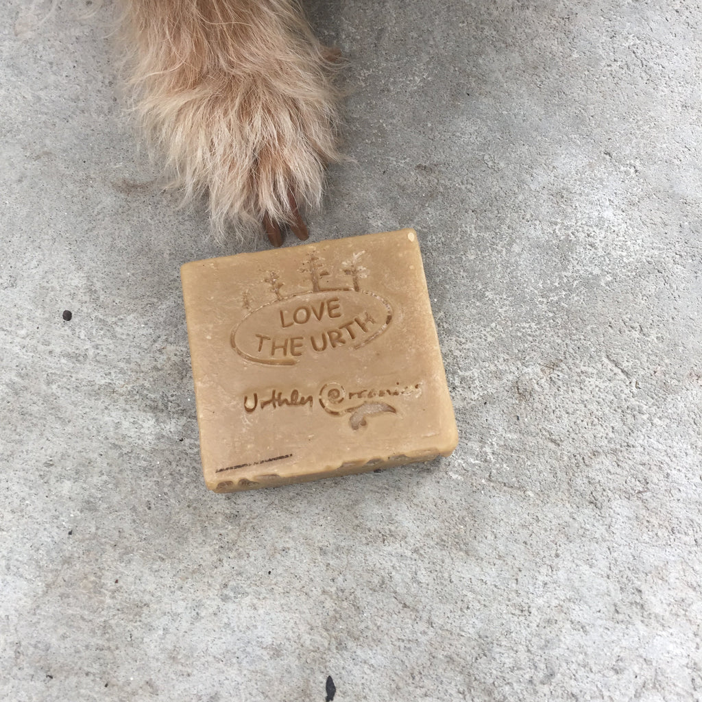 Plastic package free Natural Dog, Cat & Pet Shampoo Soap Bar from Urthly Organics at The Ekologi Store.