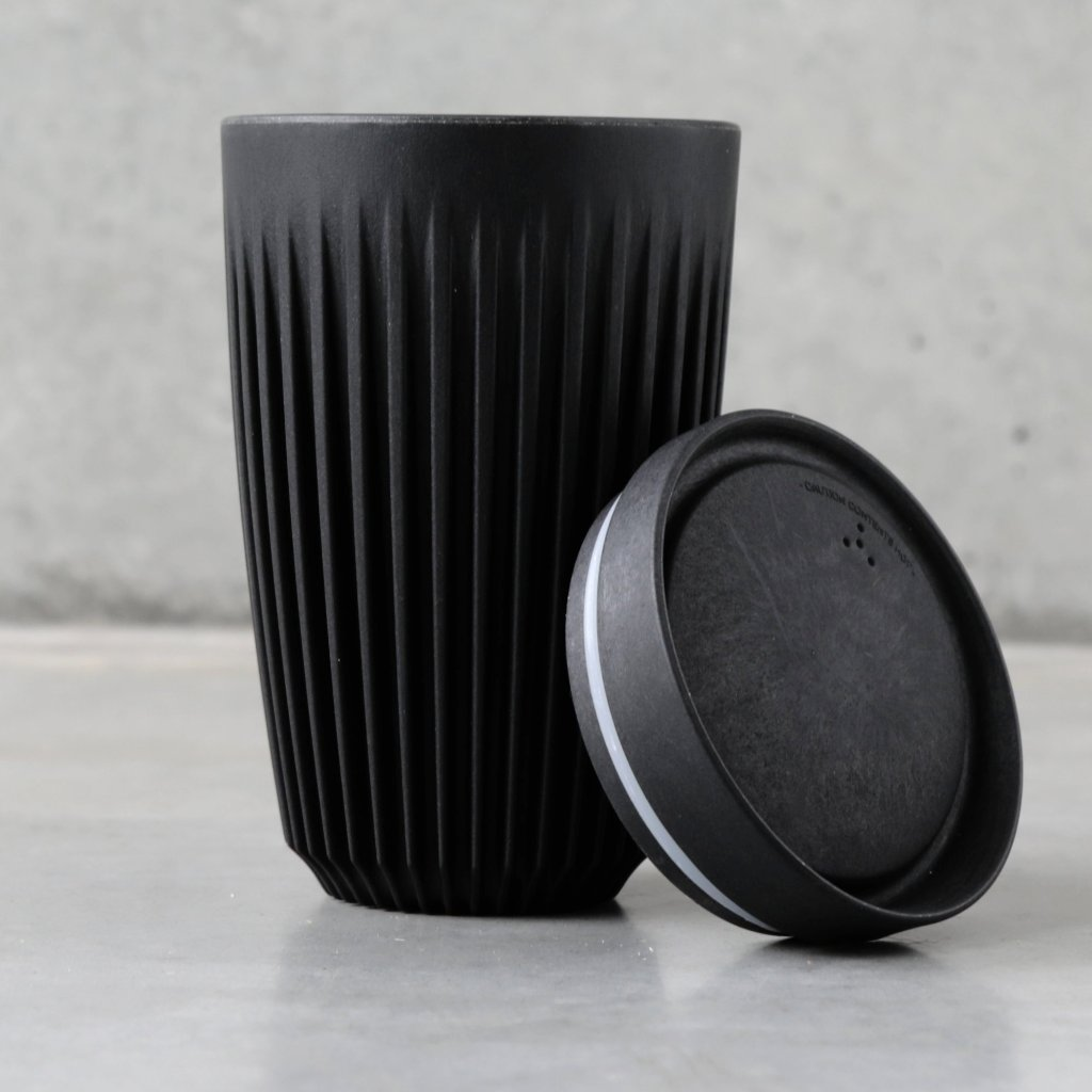 12oz HuskeeCup reusable coffee cup with lid, from The Ekologi Store.