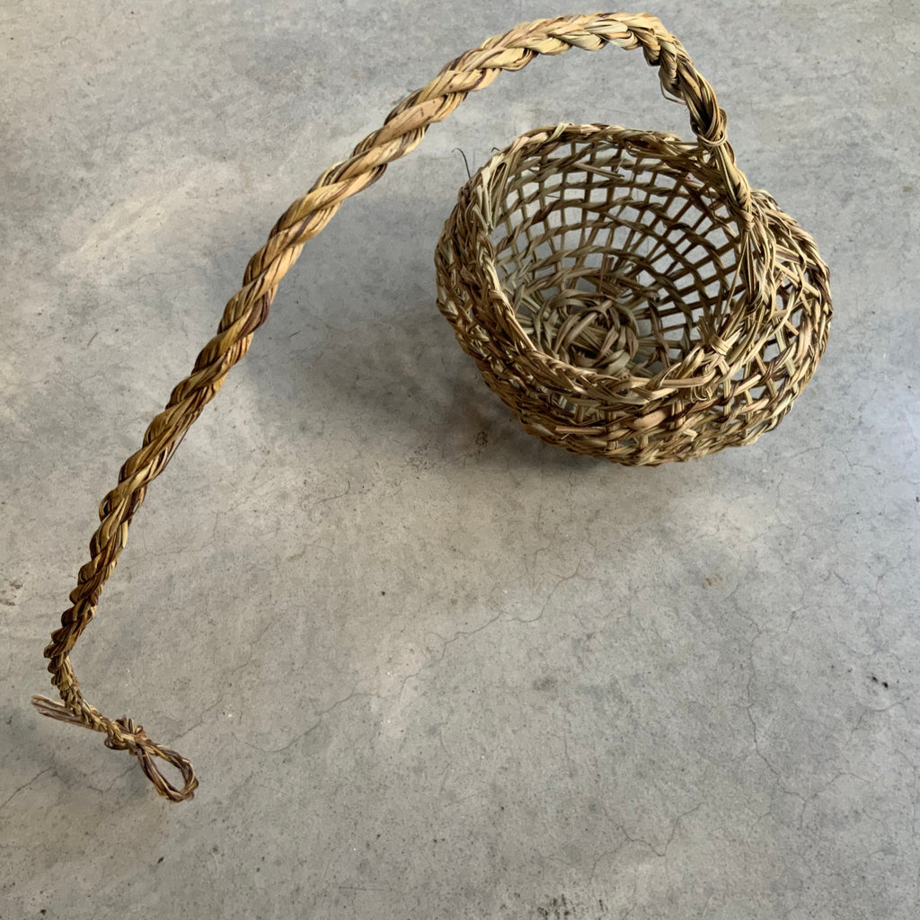 Basketboy natural woven garlic basket