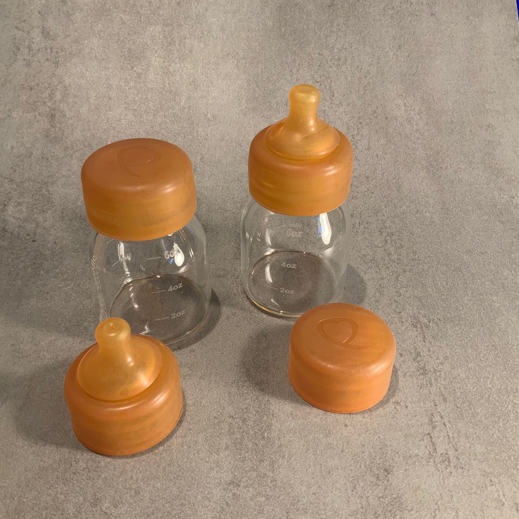 Baby Quoddle Twin Pack Gift Box - Glass Bottles with Natural Rubber Teats