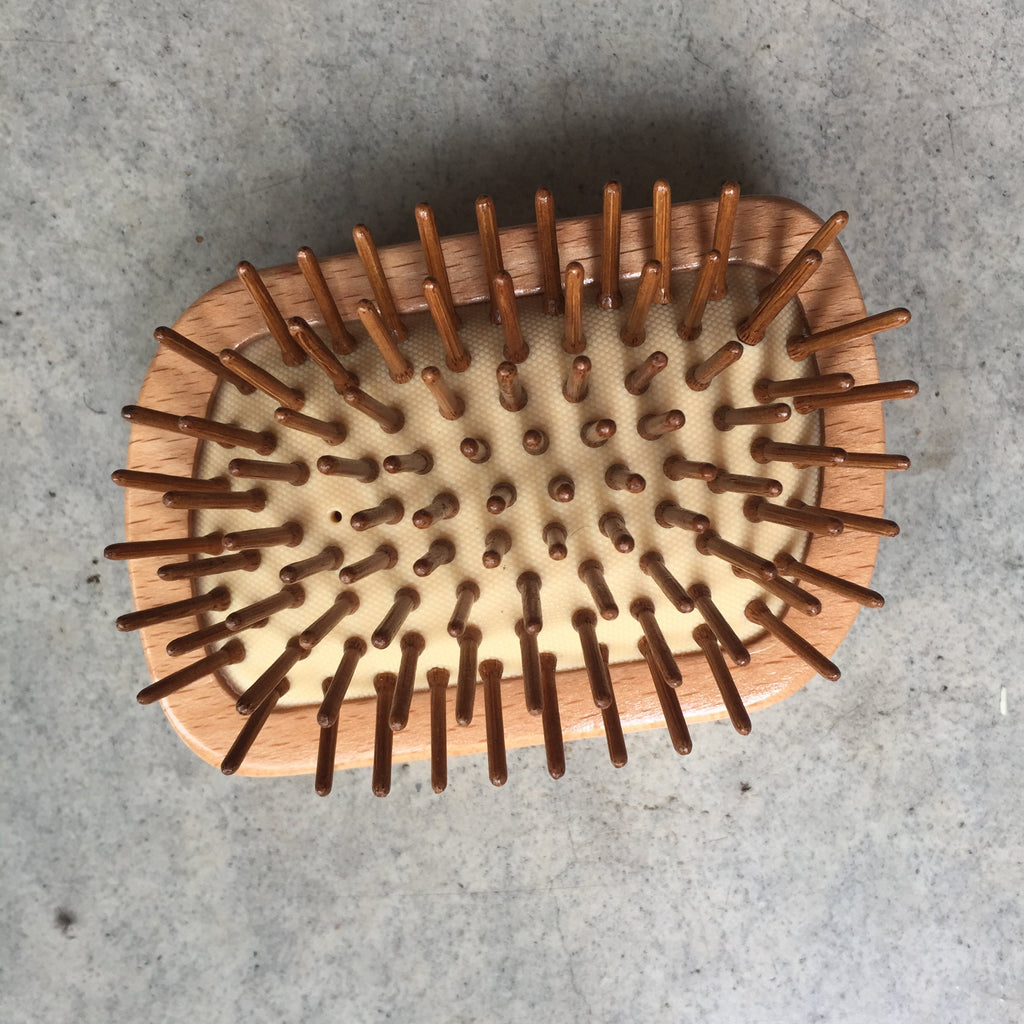 Wooden travel hair brush from The Ekologi Store, Sydney, Australia