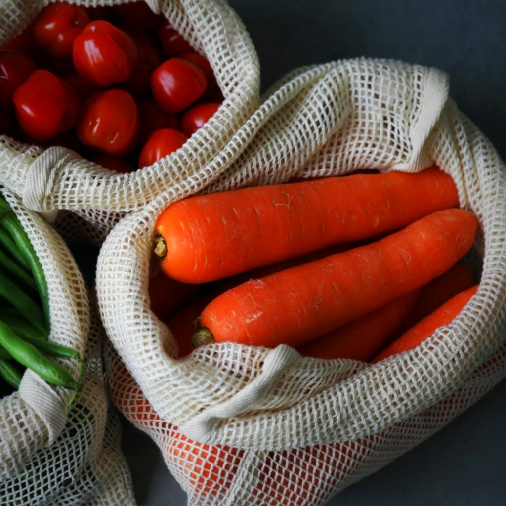Organic cotton reusable net fruit and vegetable produce bags from The Ekologi Store