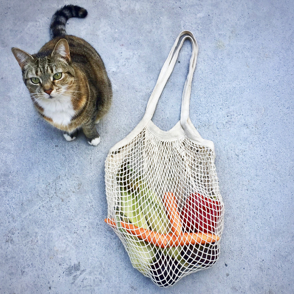 Long handled Natural Cream Cotton String Bag with cat.