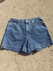 Vintage  High Sierra high waisted denim shorts 33""