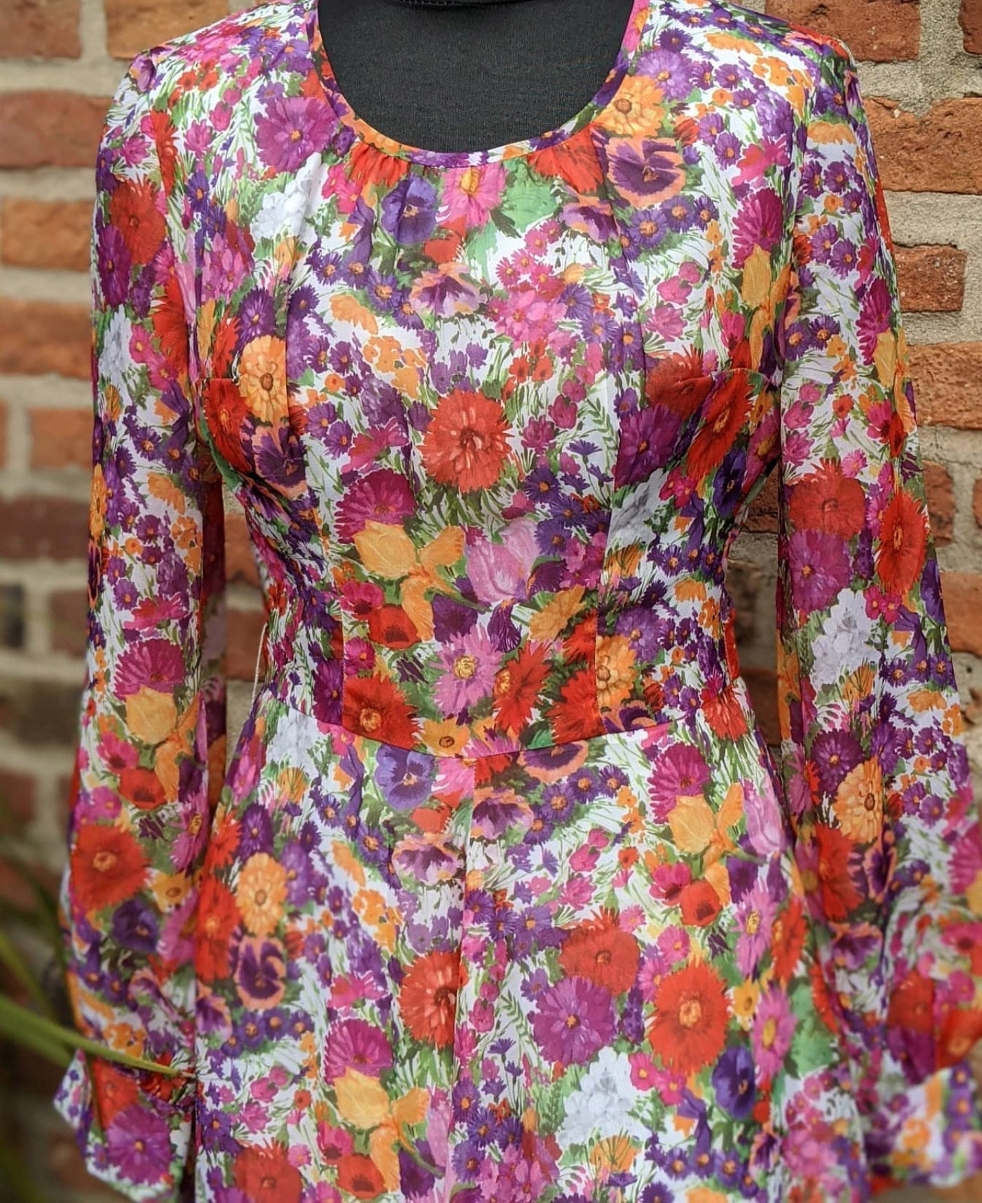 Vintage garden print dress, approx size 10