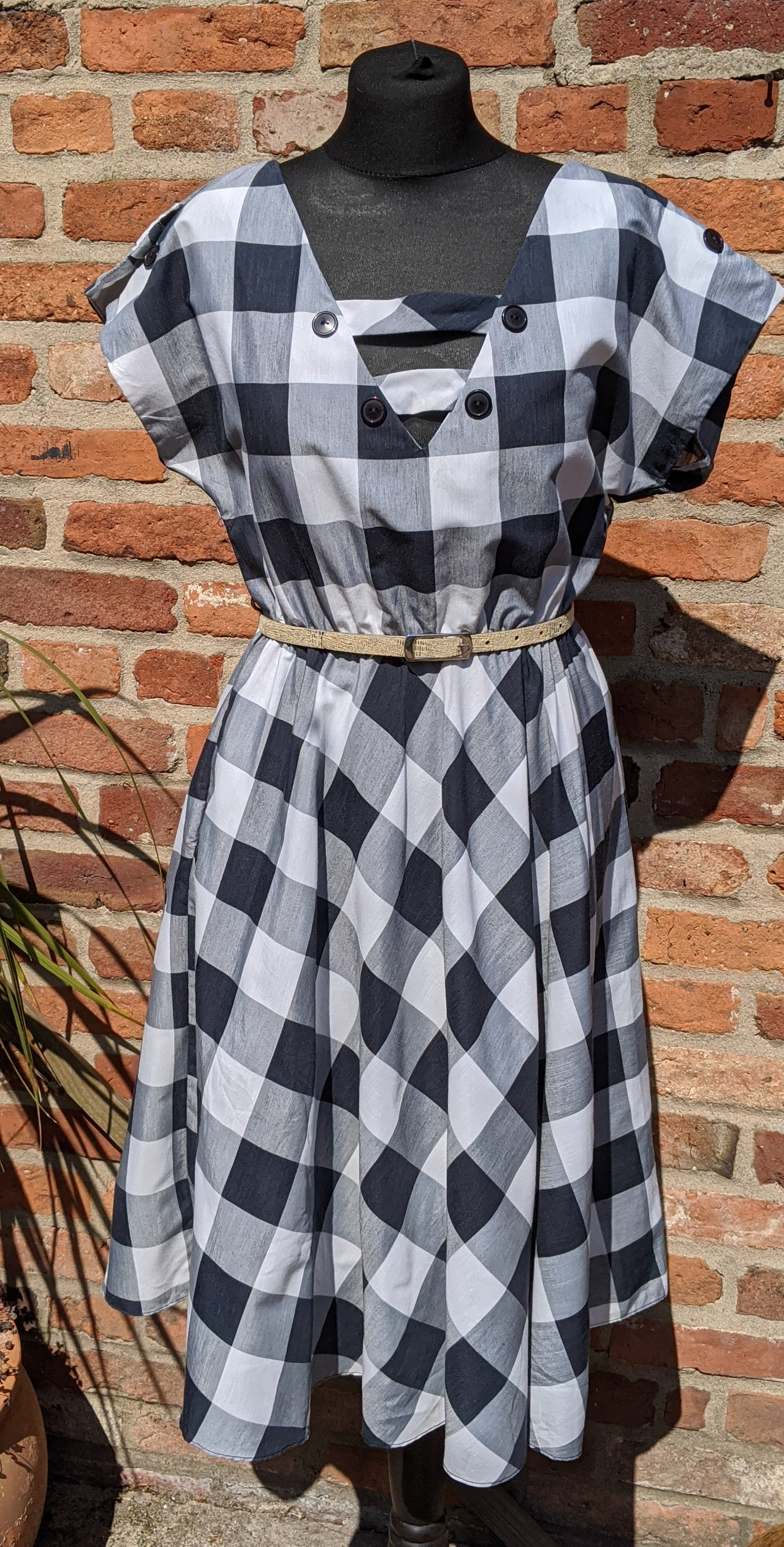 Vintage 80s does 50s monochrome checked dress approx size 10/12/14