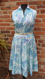 SALE Vintage palm print poly pleated midi dress size 14/16