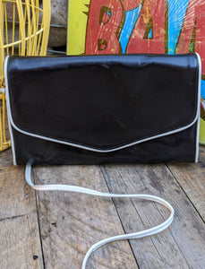 Black & white vinyl 80s handbag