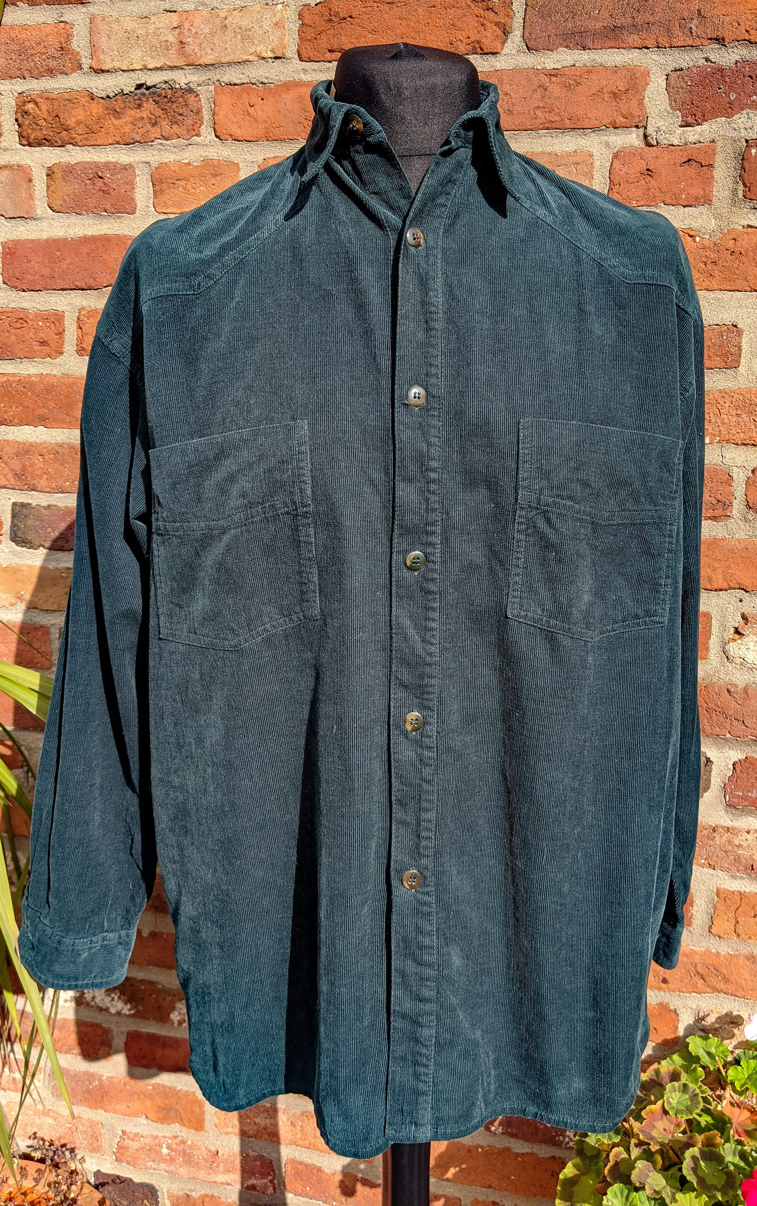 90s bottle green cord shirt size L