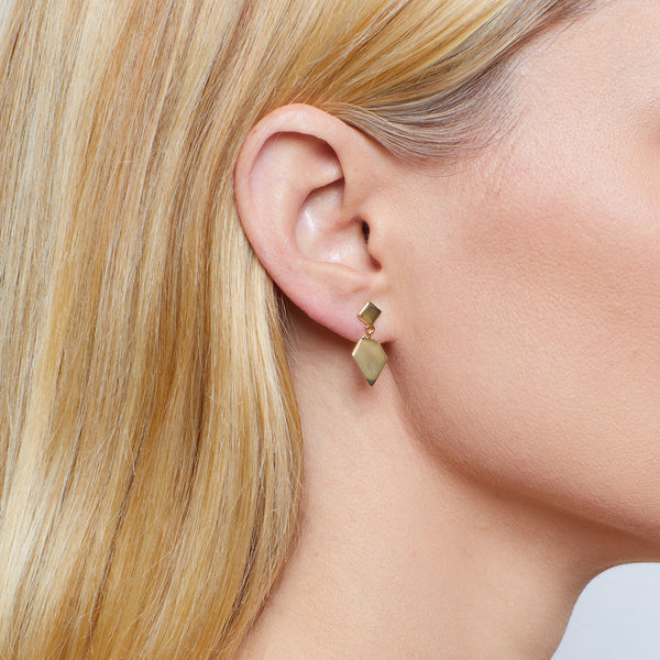 14k gold earrings studs for women  | Ambyr Childers