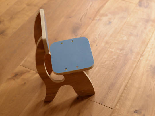 Retro kids chair