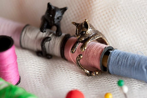 QIAMNI Handmade Cute Animal Cat Ring for Women Girls Men Christmas Kitty Tail Fashion Party Jewelry Pet Lover Gift Accessories  (AE)