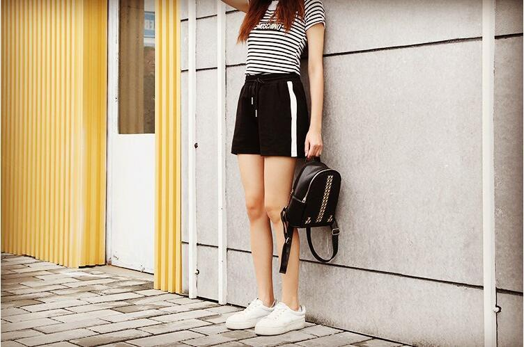 new 2018 summer fashion women white side stripe casual shorts plus size casual shorts female straight shorts black short new-rodewe