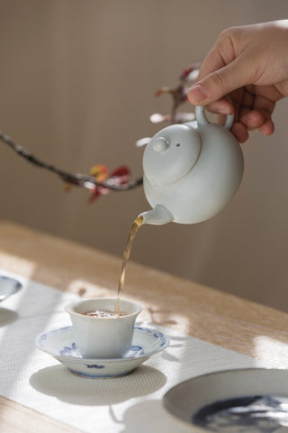 Chinese Traditional Li Xing Teapot Best Ceramics