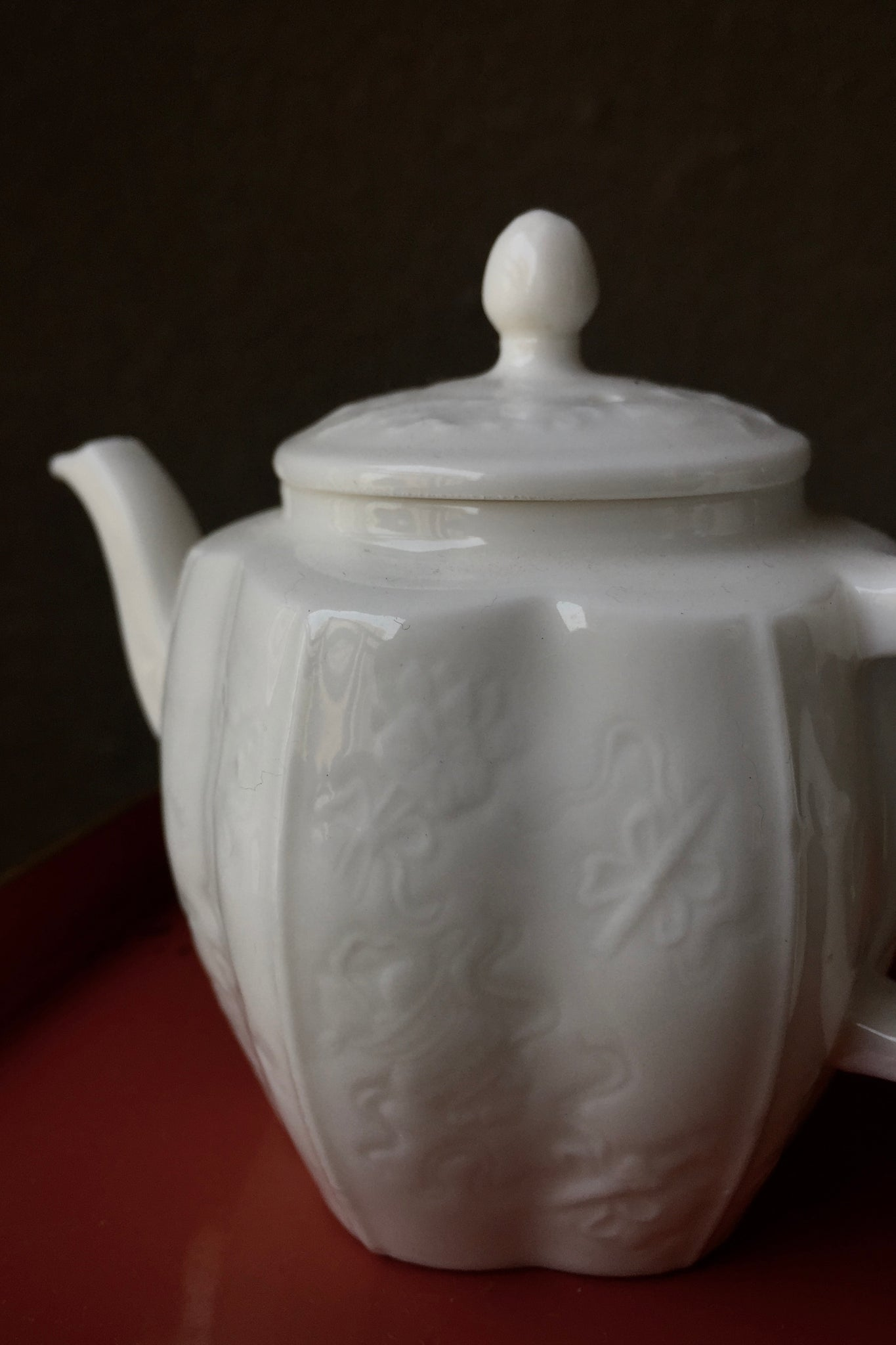 Qing Palace Antique Style Sculpte Teapot Blanc De Chine|Best Ceramics