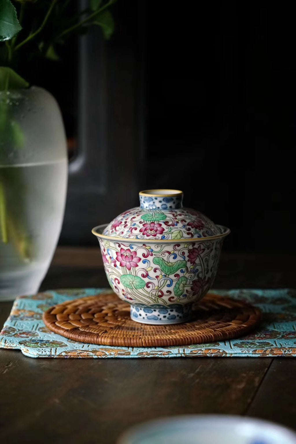 Doucai Hand Painted Gaiwan