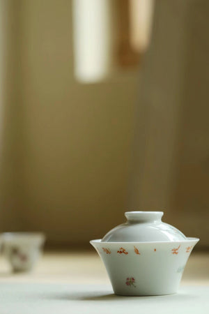 Chinese Painting Fencai Butterfly Poetry Gongfu Gaiwan |Best Ceramics