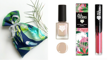 Load image into Gallery viewer, Gift Bag -Lipstick 601 and Nail Lacker 101