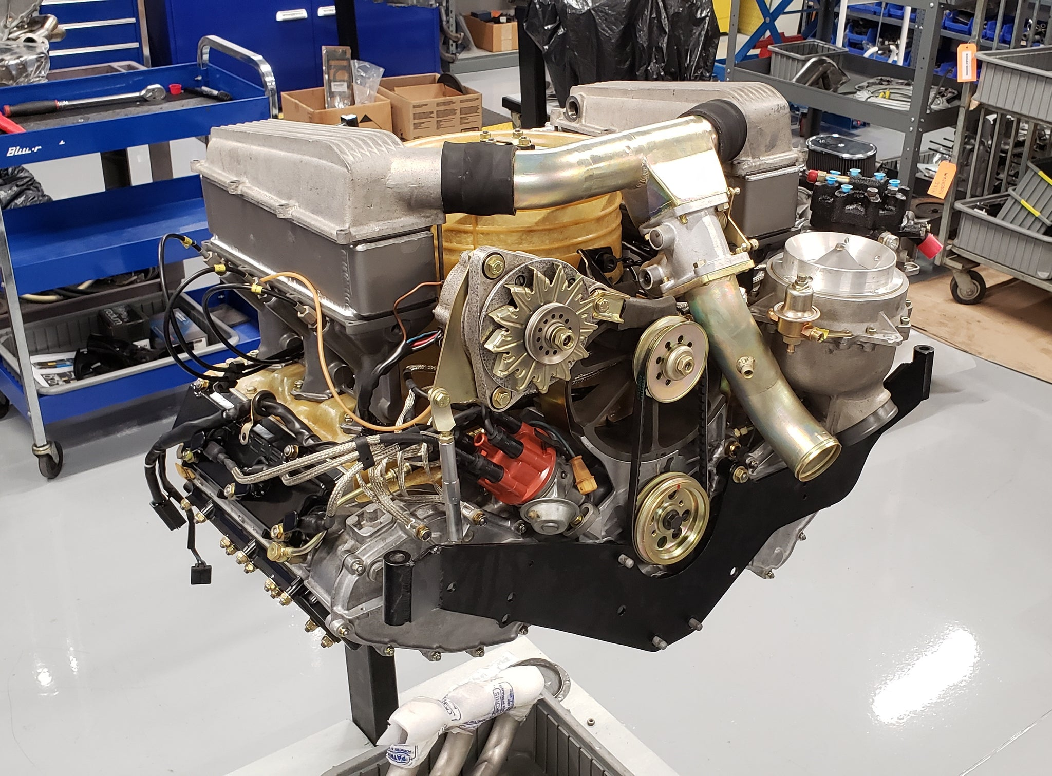 Porsche 934 restoration engine