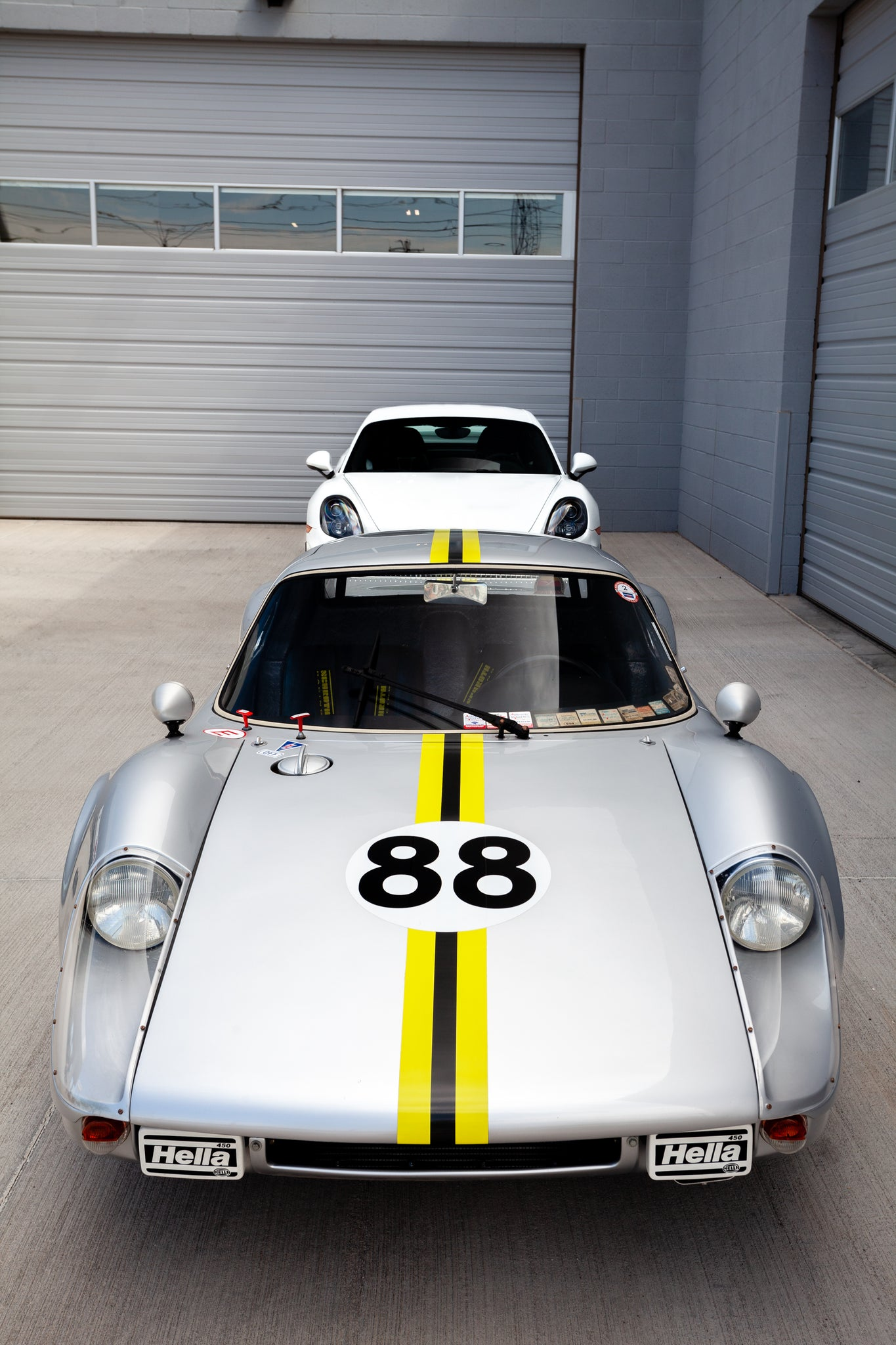 Porsche 904 carrera gts and gt4 head to head